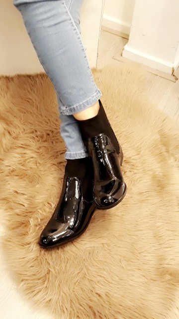 Leather snake boots