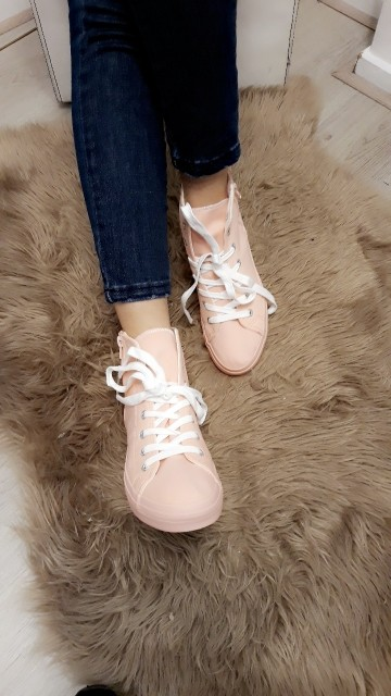 Sneakers -baby pink