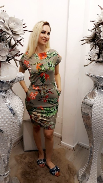Flower power dress -Khaki