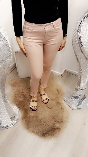 Basic pink skinny jeans