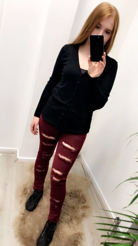 Ripped Jeans Slim Fit Wine Red