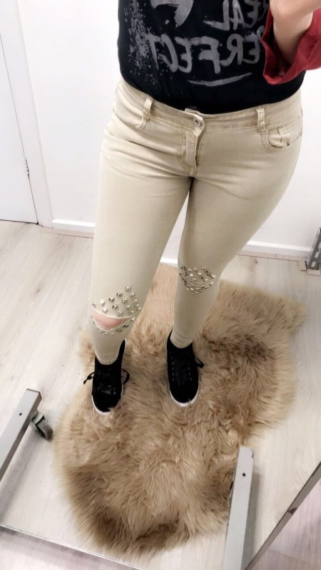 Beige Pants With Studs