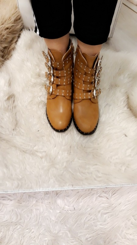 Light brown boots with studs