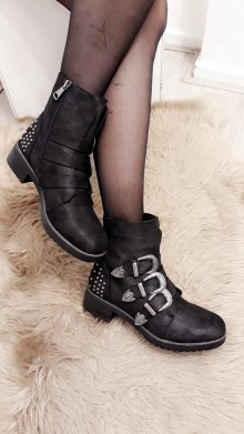 Modern Cowgirl Boots