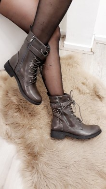 Grey Fall belt Boots