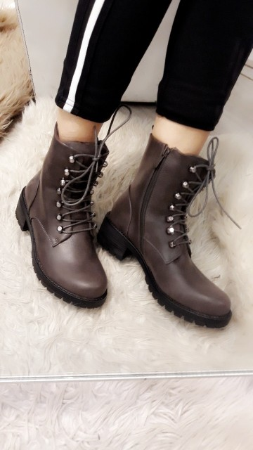 Dark grey boots with laces