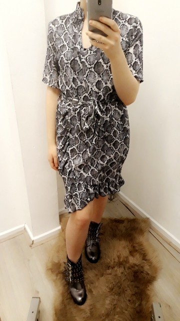 Grey pythoned grey minidress