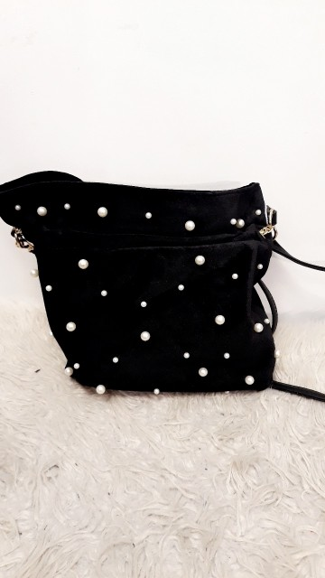 Black Velvet Pearl Bag