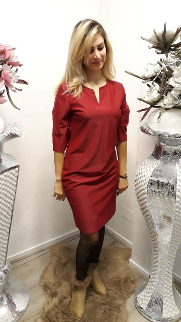 Basic red dress