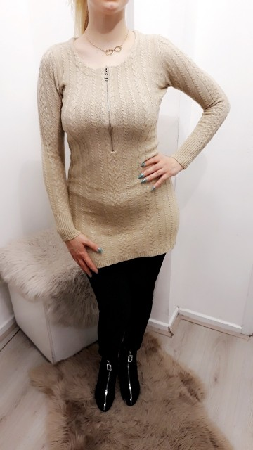 Knitted Zipped Sweater Creme