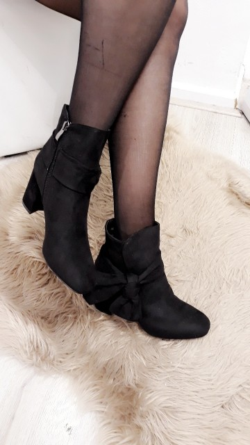 Black Bow Heel Boots