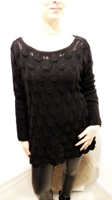 Black Pattern Knitted Sweater