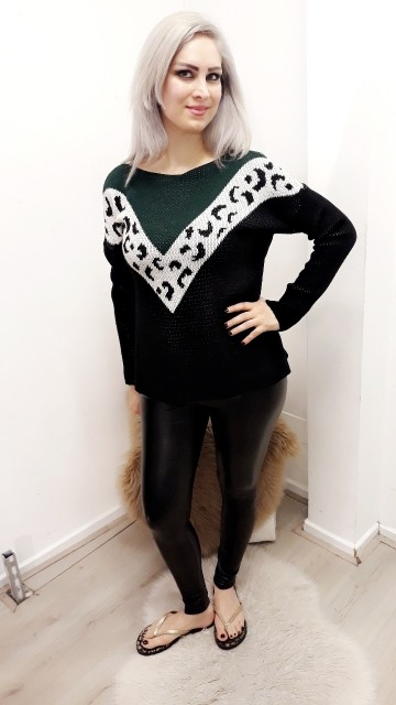 Pattern Sweater Dark