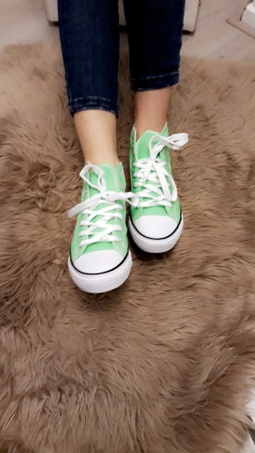 Sneakers -mint green