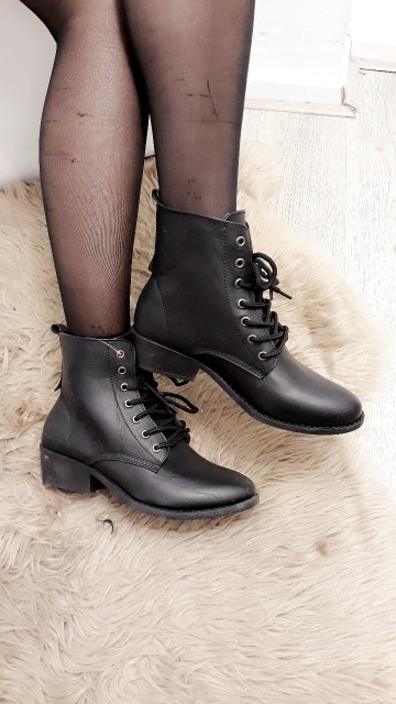 Basic Leather Boots