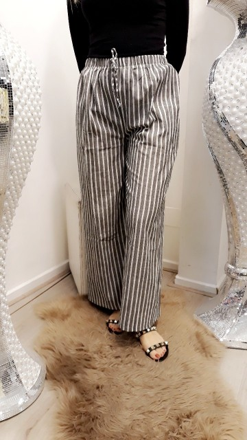 Striped pants -grey